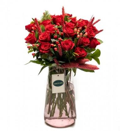 Aşkın Büyüsü Kırmızı Güller