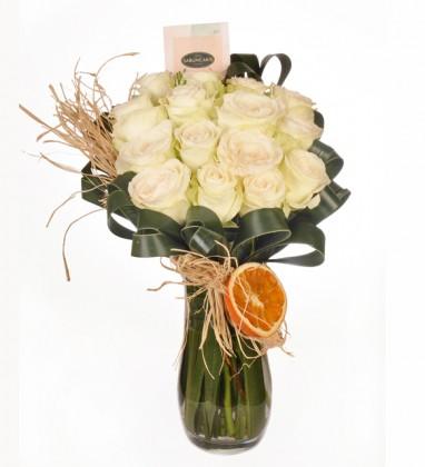 Huzur Ezgisi Beyaz Güller