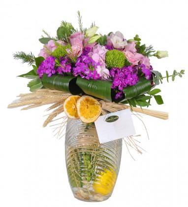 Nola Vazoda Çiçek